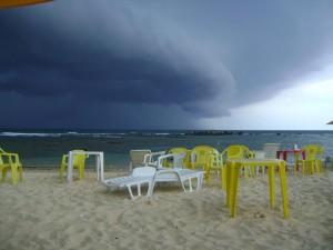 Tempestade passando por cima da Segunda praia de Morro de São Paulo